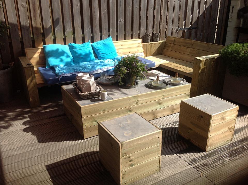 Protege la madera del jardín desde el primer rayo de sol - Soutelana