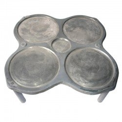 Filloeira o crepera tradicional 4 platos con patas de Hierro