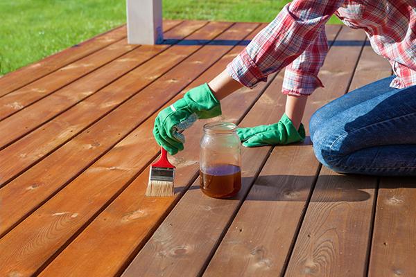 Eliminar la carcoma de un mueble en seis pasos soutelana - Eliminar carcoma muebles ...